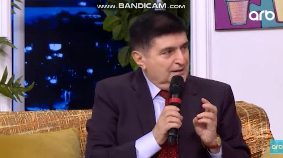 """Baloğlan Əşrəfov:  """"Mikrafonu yerə qoyub, sənəti ataram"""""""